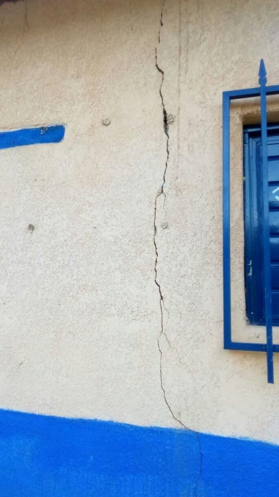 spricka efter jordbävning
